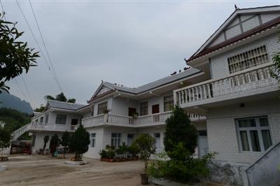 农村2层楼房子图片