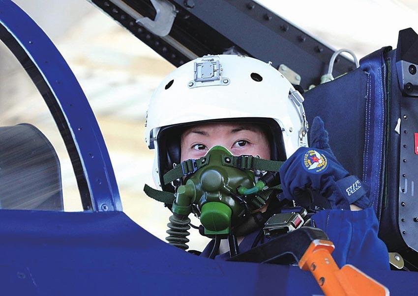 世界各国空军女飞行员英姿【高清组图】【8】