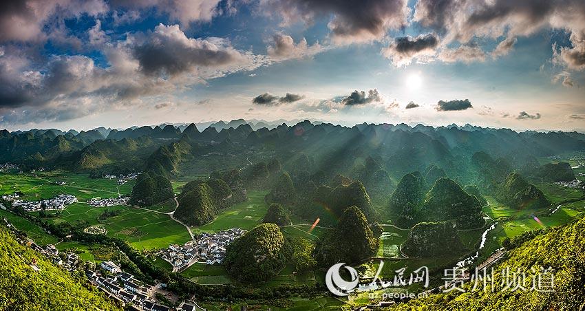 贵州省兴义县万峰林分享展示图片