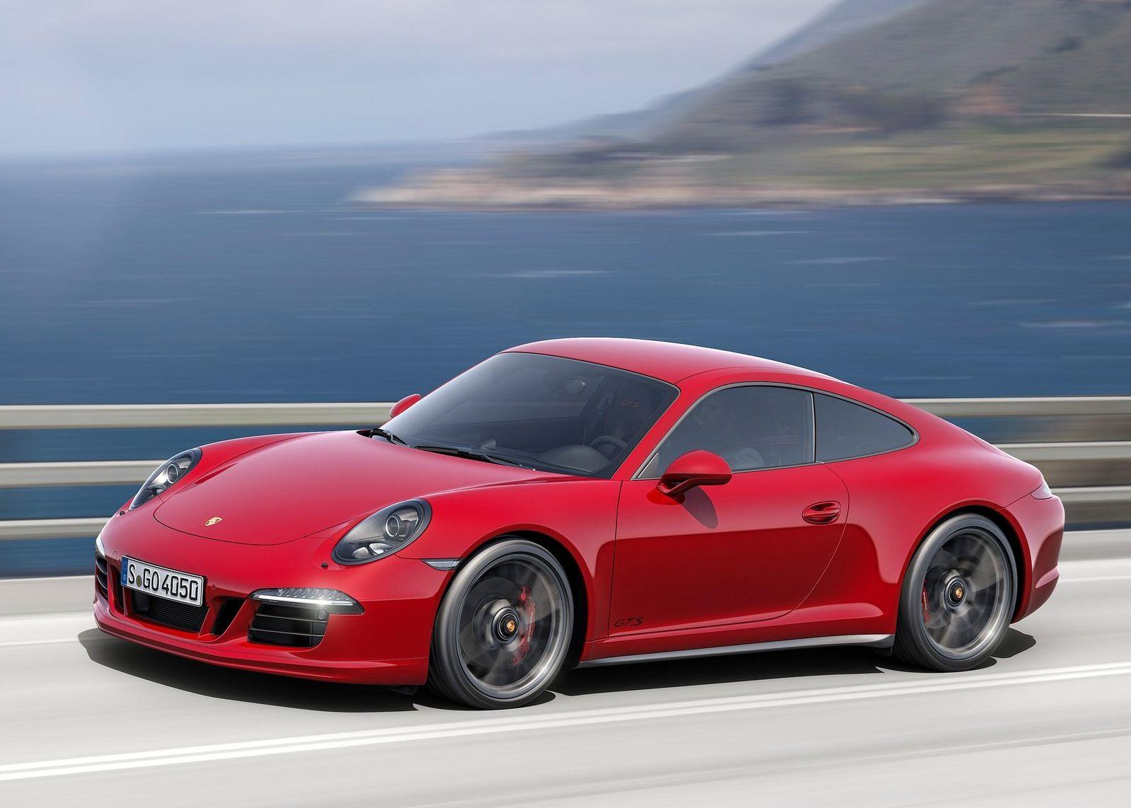 保时捷911 gts当选《花花公子》年度车型