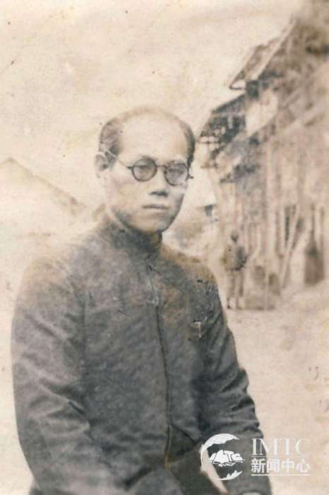 1924年毕业于天津北洋大学土木工程科,授工学士学位.