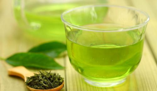 每天喝一杯绿茶的人 身体的3种问题会明显改善