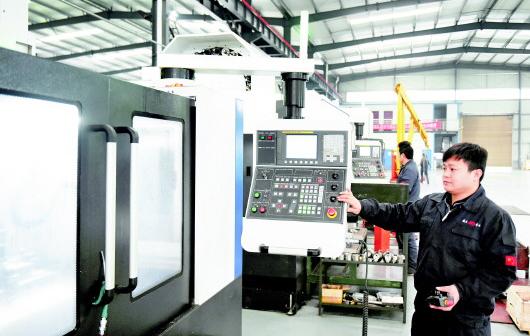 绥阳:抓产业 促工业