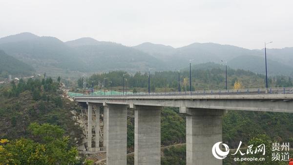 """贵州:绿色公路扮靓生态""""好风景""""_国内要闻_中国甘肃网"""