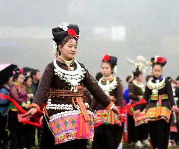 贵州丹寨:盛装起舞庆新春