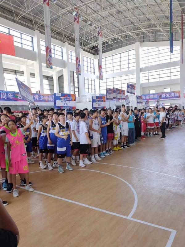 贵州省青少年体育大联赛篮球、羽