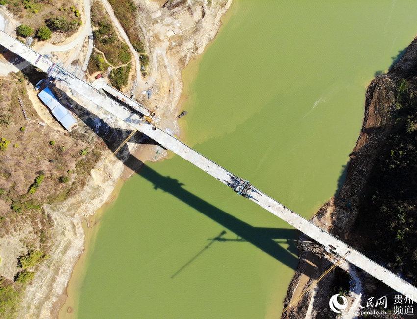 1月9日,贞望大桥顺利实现合龙。龙章榆 摄