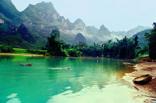 让我们一起走进高原千岛湖